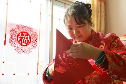 北京延庆:一剪窗花 满堂春