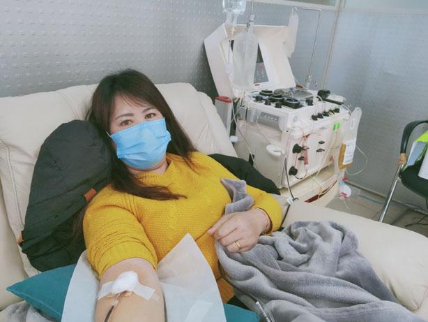 首批血浆捐献志愿者.jpg