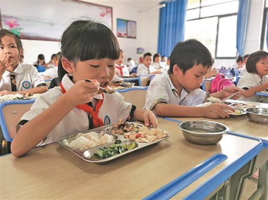 欽州市城區中小學開設午托服務