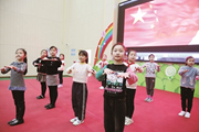 """柳州市胜利小学:手语国歌""""唱""""出心中的爱"""