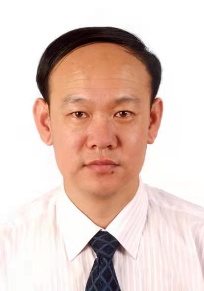 卫潘明.png