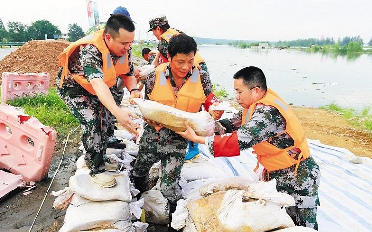 湖北:防汛关键期 坚守不懈怠