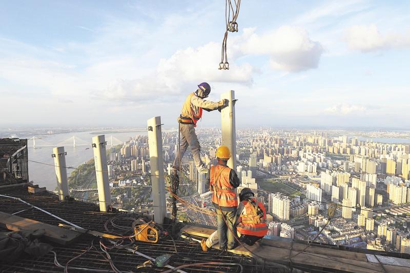 大城重启一年间:高高低低的肩头撑起这座城