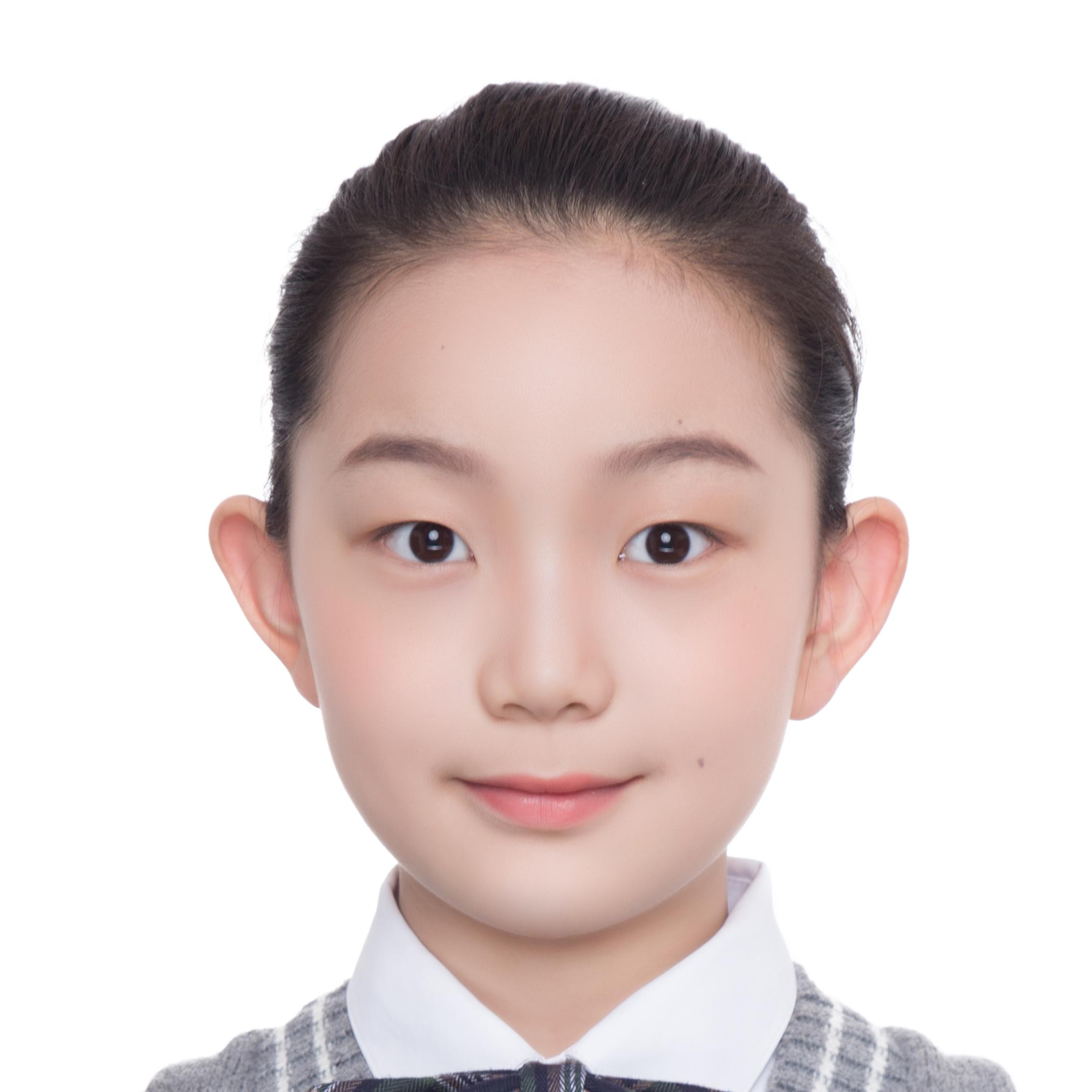 免冠照片 山东师大附小朱晨歌.png