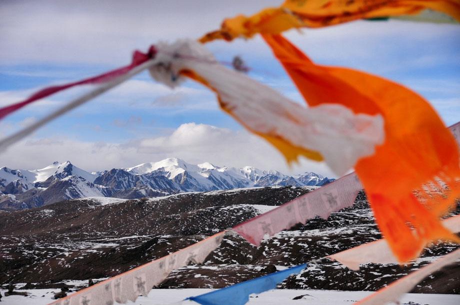 位于青海省海北藏族自治州祁连县境内的八一冰川