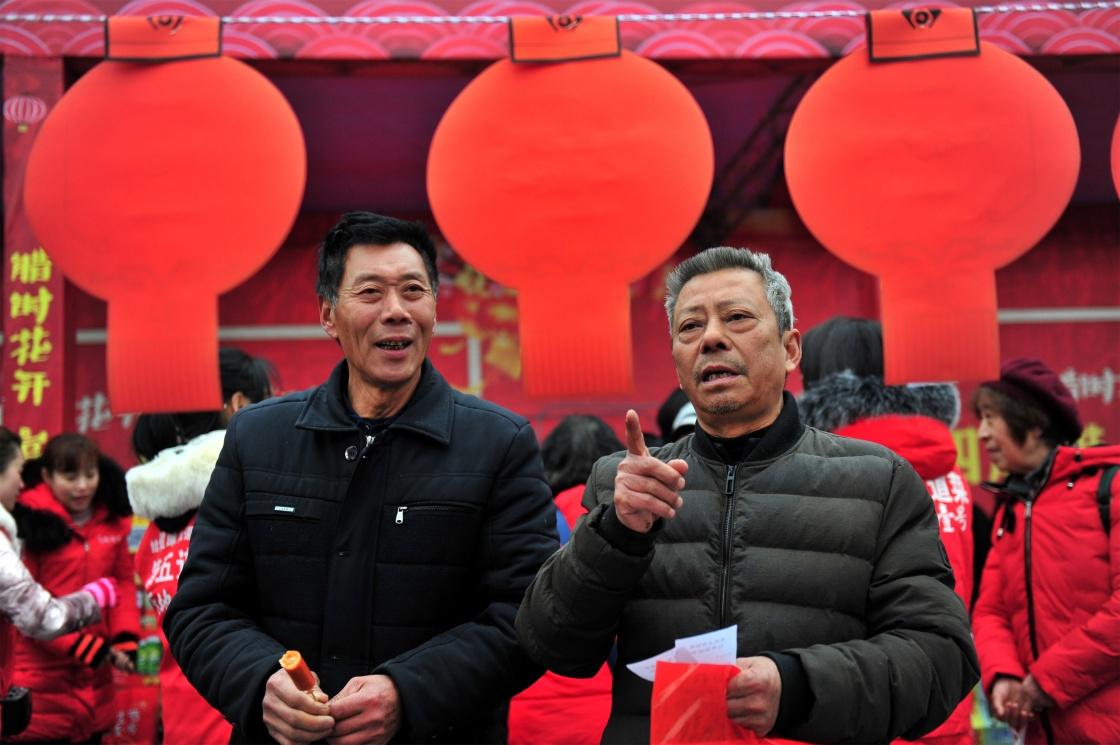 """""""三下乡"""" 暖人心"""