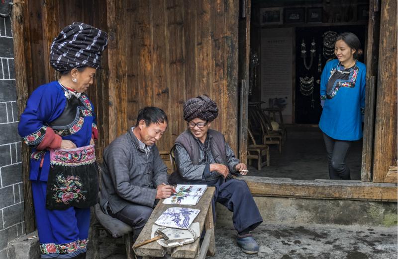 从100张笑脸中看湖南凤凰新时代文明实践暖心瞬间